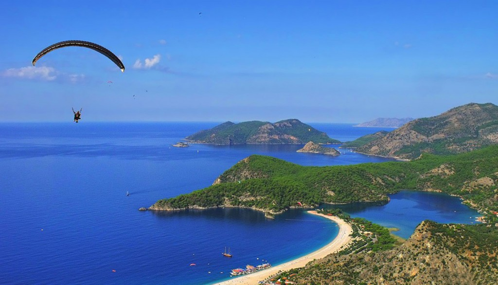 Hang gliding in Turkey