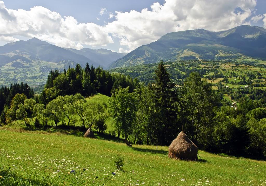 visit romania mountains